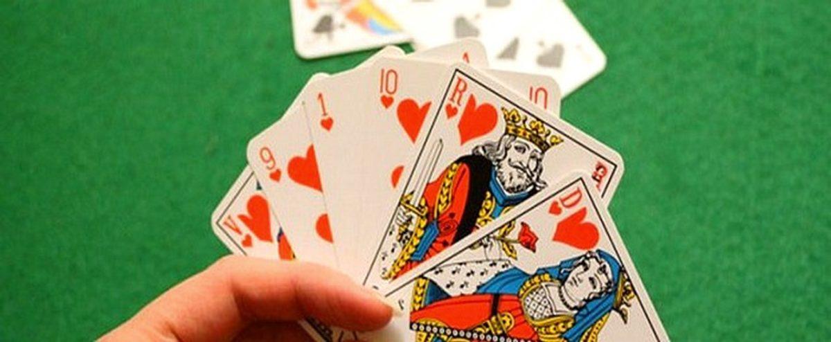 Bermain Poker Online Secara Profesional